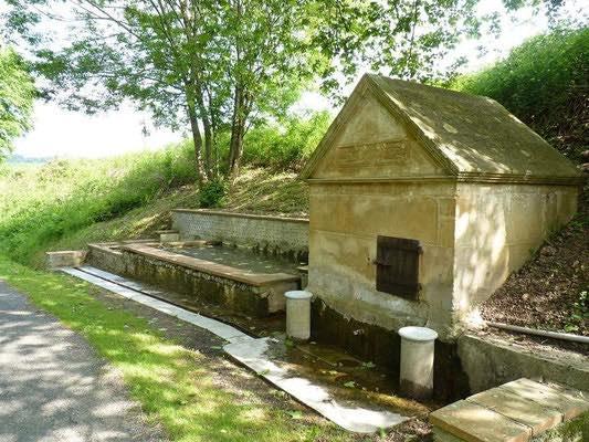 le tourisme en Madiran c'est la découverte du patrimoine local comme les Fontaines de Moncaup