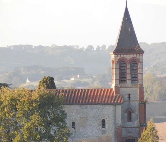 Eglise du village de Moncaup